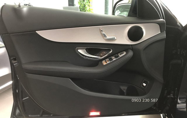 Bán xe Mercedes C180 lướt chính hãng model 2020 giá 1,28 tỷ bảo hành nhà máy 2,5 năm5