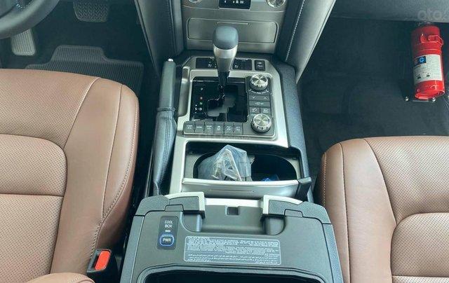 Bán Toyota Land Cruiser 4.6 VX S nhập khẩu Trung Đông 2021, xe giao ngay9
