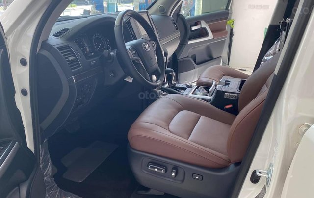 Bán Toyota Land Cruiser 4.6 VX S nhập khẩu Trung Đông 2021, xe giao ngay13