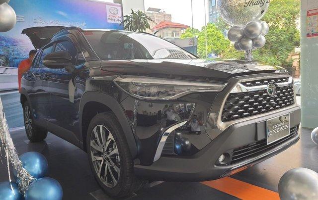 Giá xe Toyota Cross 1.8V 2020 cực hot Hà Nội, nhiều màu giao ngay, hỗ trợ trả góp lãi suất ưu đãi0