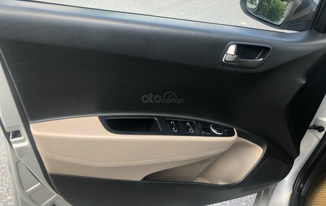 Hyundai Grand i10 bản đủ số sàn3