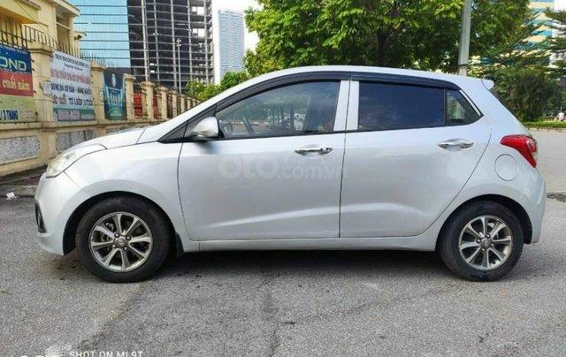 Hyundai Grand i10 bản đủ số sàn0