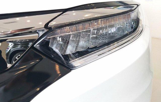 Honda Ôtô Thanh Hóa, giao ngay Honda HRV 1.8L, màu trắng, giảm 50% phí trước bạ và KM khủng tiền mặt3