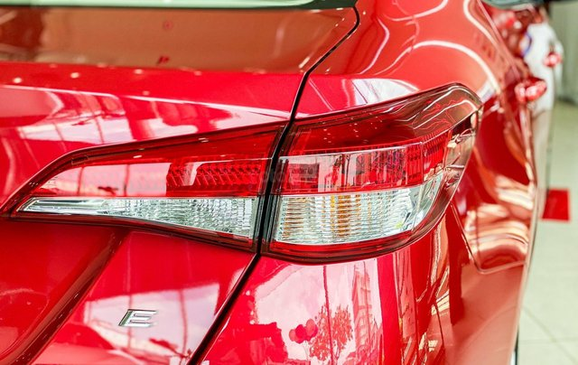 Toyota Vios 1.5E CVT giá tốt, khuyến mãi hấp dẫn, đủ màu giao ngay, hỗ trợ tài chính 85%/8 năm4