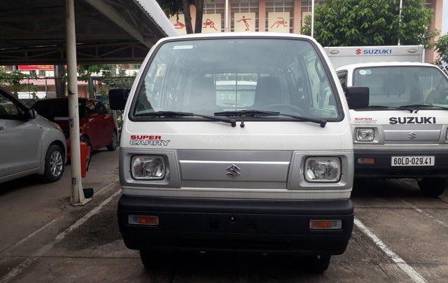 Xe bán tải Suzuki Van chạy giờ cao điểm, trả trước 80 triệu, xe giao ngay2