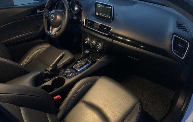Ưu đãi giảm giá sâu với chiếc Mazda 3 màu trắng, đời 2015, xe còn mới, một đời chủ sử dụng2
