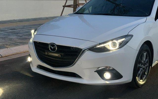 Ưu đãi giảm giá sâu với chiếc Mazda 3 màu trắng, đời 2015, xe còn mới, một đời chủ sử dụng4