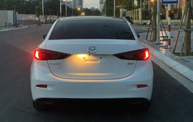 Ưu đãi giảm giá sâu với chiếc Mazda 3 màu trắng, đời 2015, xe còn mới, một đời chủ sử dụng8
