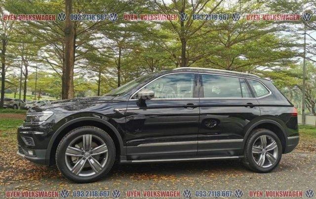 Tin hot, ưu đãi lớn xe Tiguan bản cao cấp, đủ màu sắc, hỗ trợ ngân hàng 90% - LS tốt - giao xe tận nhà, LH Ms Uyên0