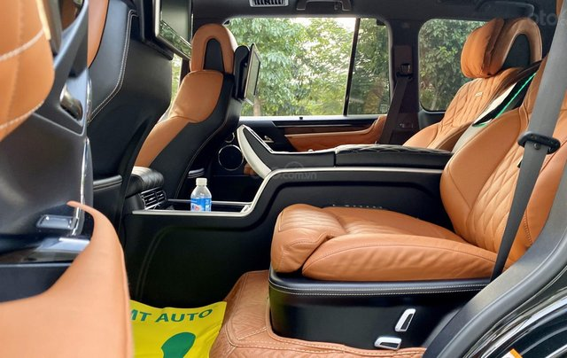 Lexus LX570S Super Sport MBS 4 ghế SX cuối 2018, tên công ty, xe đi 8000km như mới tinh11