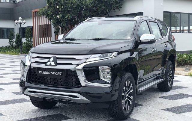 Mitsubishi Pajero Sport nhập khẩu 100% giá cực chất0