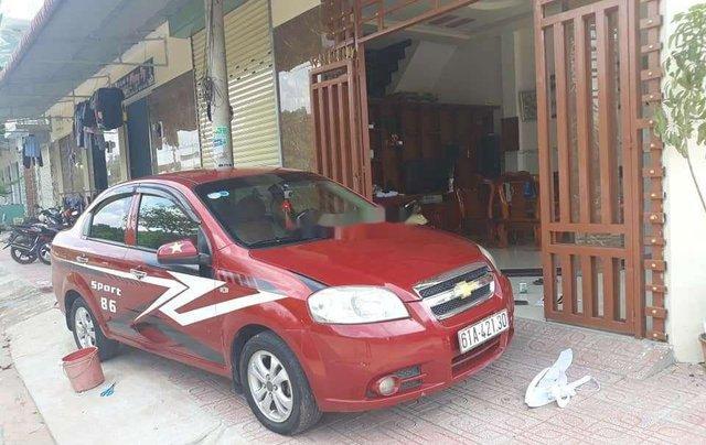 Bán xe Chevrolet Aveo sản xuất 2011, màu đỏ, xe gia đình0