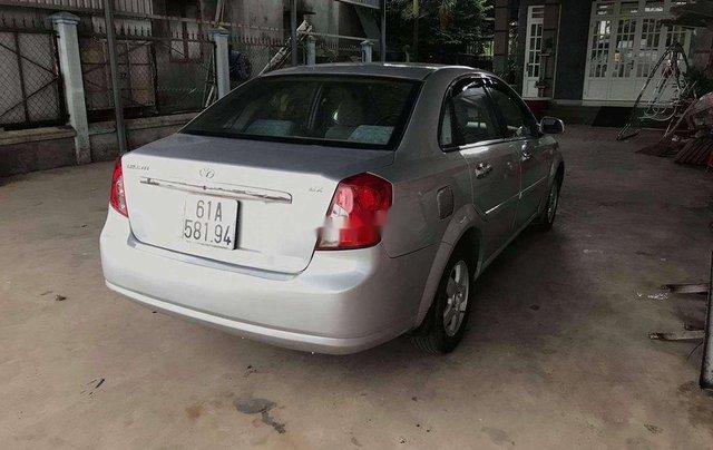 Cần bán Daewoo Lacetti năm sản xuất 2009, màu bạc3