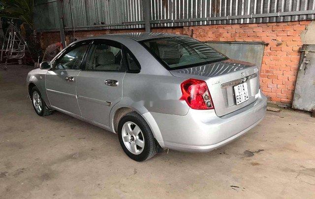 Cần bán Daewoo Lacetti năm sản xuất 2009, màu bạc4