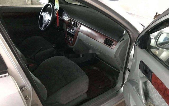 Cần bán Daewoo Lacetti năm sản xuất 2009, màu bạc6