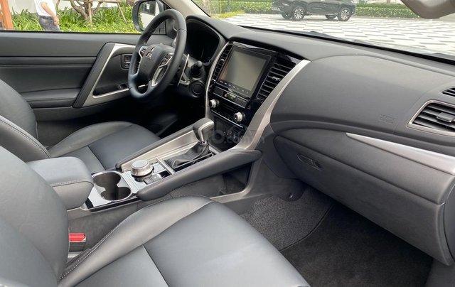 New Pajero Sport 2020 - chiếc SUV thực thụ đẳng cấp nhất phân khúc, tặng iphone 11 Pro Max khi mua xe6