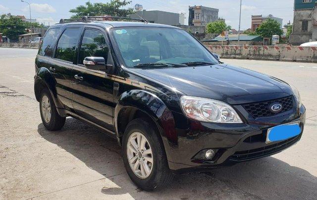 Bán xe Ford Escape số tự động màu đen, sản xuất 2011, trang bị đầy đủ các tiện ích của xe, nội ngoại thất còn rất đẹp2
