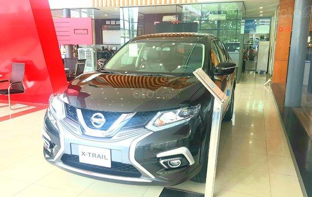 Xtrail 2.0 Luxury giá chỉ từ 210 triệu cùng nhiều quà tặng0