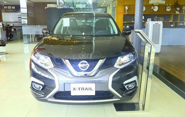 Xtrail 2.0 Luxury giá chỉ từ 210 triệu cùng nhiều quà tặng3