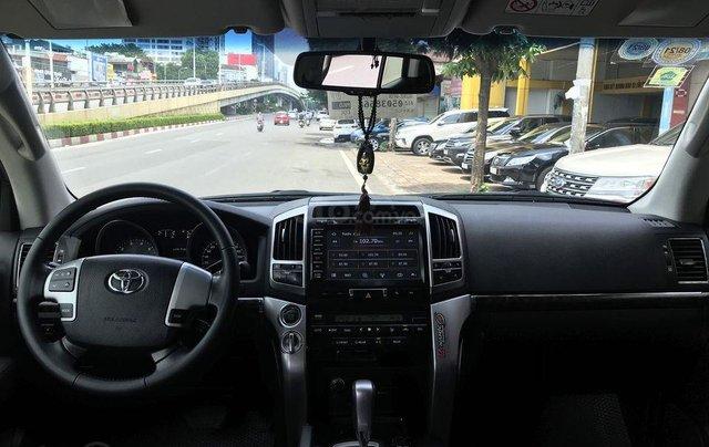 Bán xe Land Cruiser VX V8 sản xuất 20143