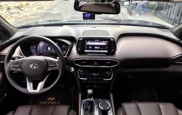 Hyundai SantaFe Premium 2.2L HTRAC, 2019, lướt 4.800km hỗ trợ trả góp6