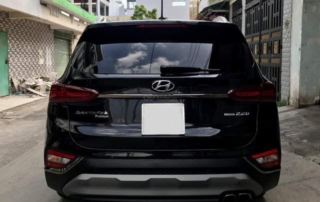 Hyundai SantaFe Premium 2.2L HTRAC, 2019, lướt 4.800km hỗ trợ trả góp8