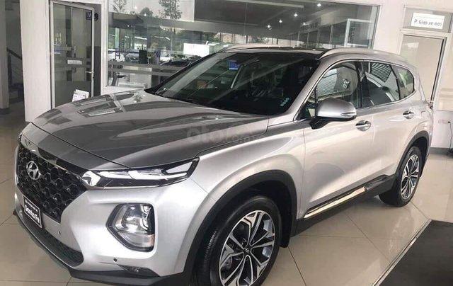 Hyundai Santa Fe tiêu chuẩn xăng giảm 50% thuế trước bạ - KM tiền mặt + phụ kiện lên đến 35tr1