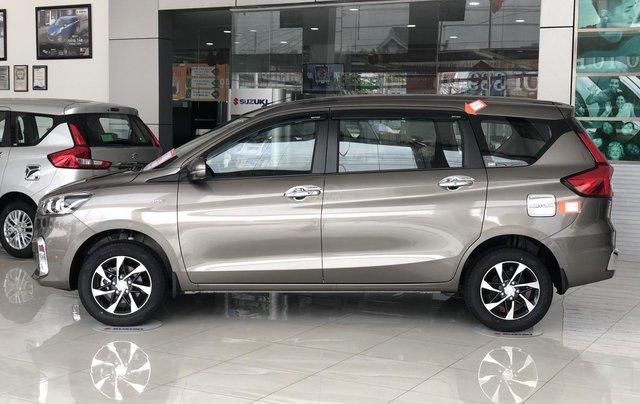 Suzuki Ertiga full option giá cực sốc, hỗ trợ trả góp cực cao, chỉ còn vài xe trả trước 100 triệu có xe lăn bánh0