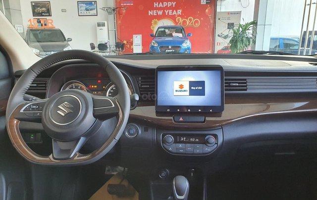 Suzuki Ertiga full option giá cực sốc, hỗ trợ trả góp cực cao, chỉ còn vài xe trả trước 100 triệu có xe lăn bánh4