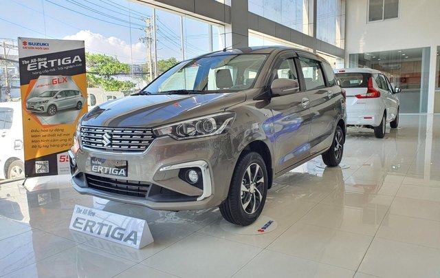 Suzuki Ertiga full option giá cực sốc, hỗ trợ trả góp cực cao, chỉ còn vài xe trả trước 100 triệu có xe lăn bánh2