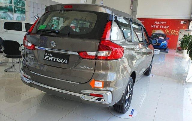 Suzuki Ertiga full option giá cực sốc, hỗ trợ trả góp cực cao, chỉ còn vài xe trả trước 100 triệu có xe lăn bánh5