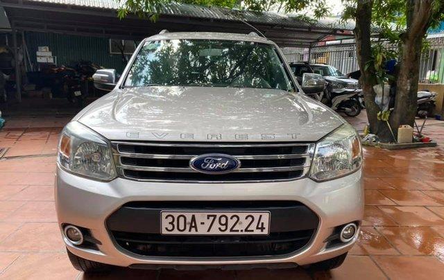 Ford Everest màu phấn hồng, SX 2015. Giá 535tr6