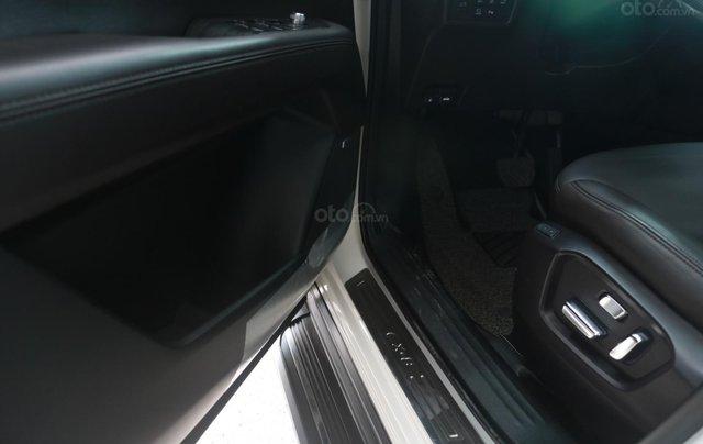 Bán Mazda CX-8 màu trắng bản 2.5, giá cả hợp lý10
