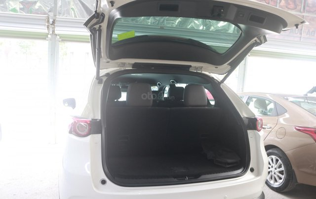 Bán Mazda CX-8 màu trắng bản 2.5, giá cả hợp lý7