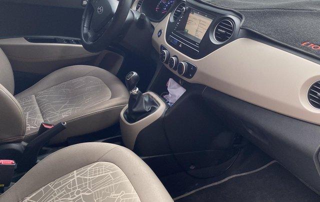 Chính chủ cần bán xe Hyundai Grand i10 sedan, số sàn, đời 2017, mới chạy 18000km10