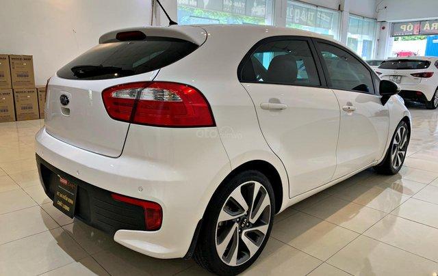 Cần bán xe Kia Rio 1.4AT đời 2015, màu trắng1