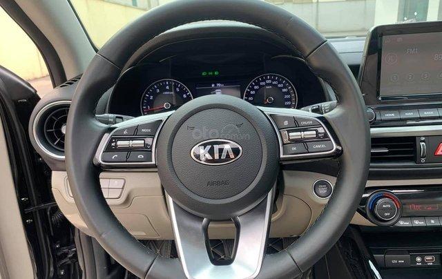 Bán nhanh chiếc Kia Cerato Luxury đời 2019, số tự động1