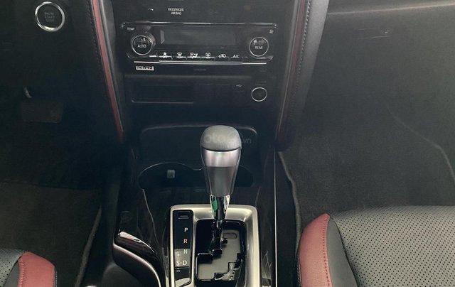 [Hot] Toyota Fortuner 2.4 AT Legender - KM hấp dẫn - đủ màu, giao ngay - hỗ trợ 85%/8 năm6