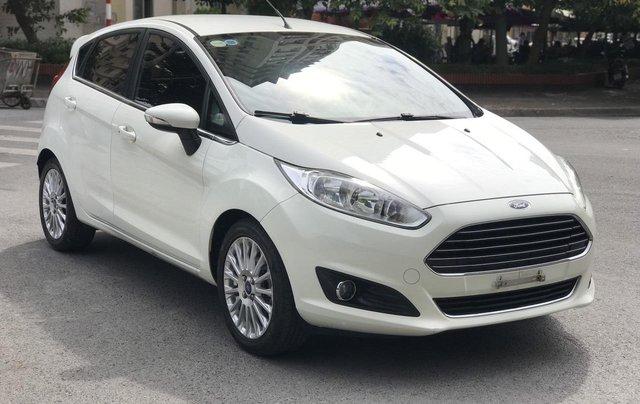 Ford Fiesta S sx 2015 màu trắng chạy chuẩn 40.000km2