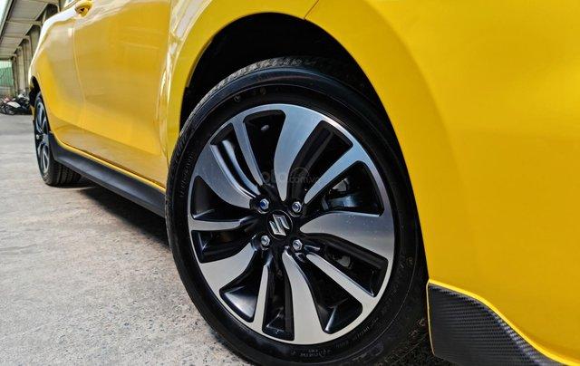 Bán xe hơi Suzuki Swift 1.2 CVT màu vàng nhập khẩu Thái Lan9