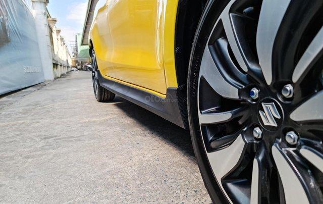 Bán xe hơi Suzuki Swift 1.2 CVT màu vàng nhập khẩu Thái Lan10