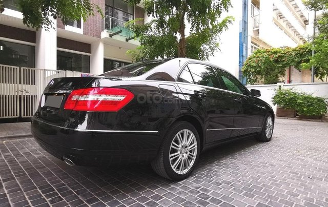 Bán xe Mercedes Benz E300 sx 20105