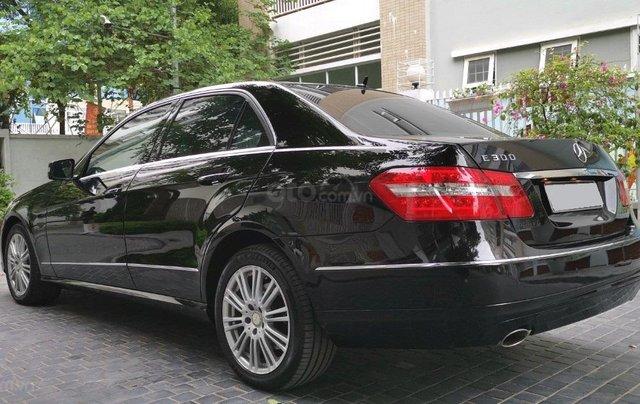Bán xe Mercedes Benz E300 sx 20106