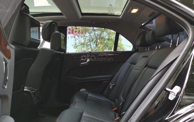 Bán xe Mercedes Benz E300 sx 201011