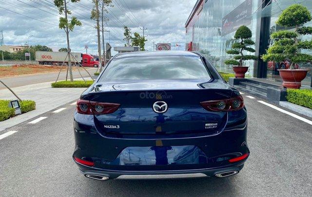 Mazda 3 giá hấp dẫn - Ưu đãi tốt - cam kết chính hãng tốt nhất2