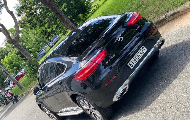 Bán GLC300 Coupe 2019 đen, nội thất đỏ, nhập nguyên chiếc, xe chạy 15.000km bao check hãng3