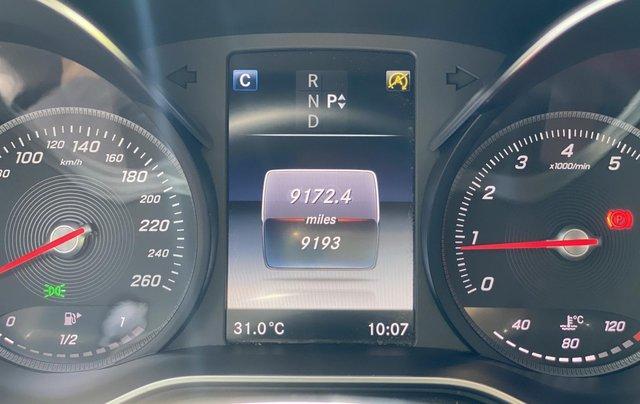 Bán GLC300 Coupe 2019 đen, nội thất đỏ, nhập nguyên chiếc, xe chạy 15.000km bao check hãng12