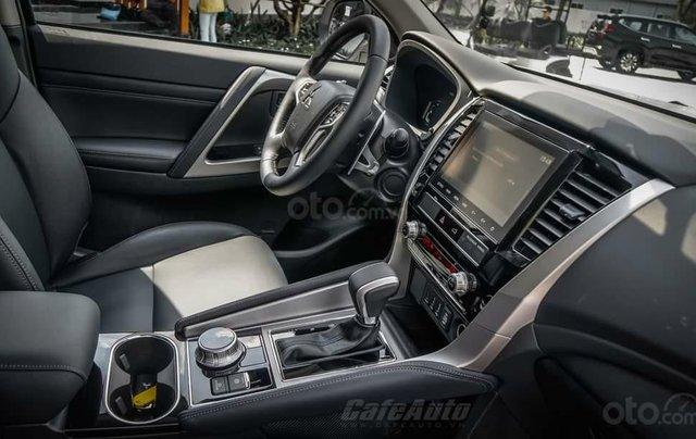 Quà tặng đặc biệt dành cho 300 khách hàng đầu tiên đăng ký mua xe Mitsubishi Pajero Sport đến 31/12/20204