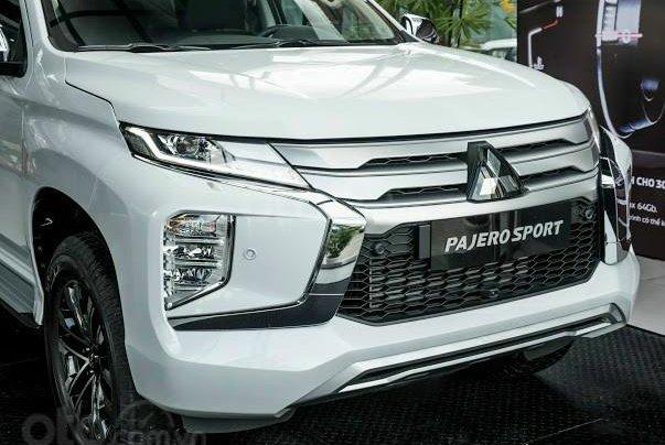 Quà tặng đặc biệt dành cho 300 khách hàng đầu tiên đăng ký mua xe Mitsubishi Pajero Sport đến 31/12/20207