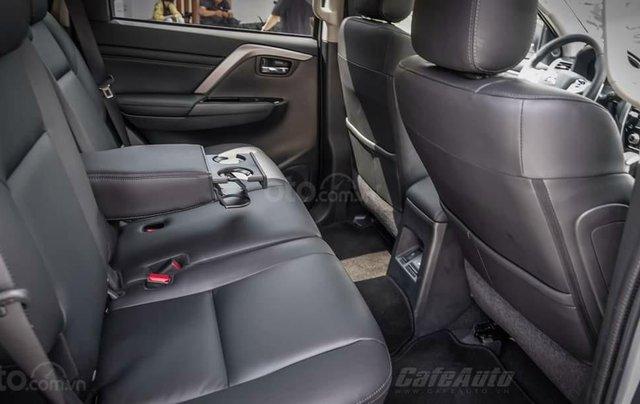 Quà tặng đặc biệt dành cho 300 khách hàng đầu tiên đăng ký mua xe Mitsubishi Pajero Sport đến 31/12/20201